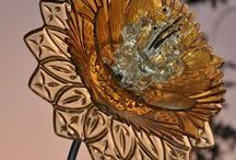 wonderland lamp / The idea its to build a giant bouquet( the clasical european-victorian bouquet) with murano and other crystal parts, this cut be one of the most wonderfull lamps in all the planet, a reference object for the interior desig and decoration globally.