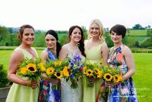 Sunflower wedding flowers / Bright and vibrant coloured sunflower bridal bouquets and wedding floral arrangements