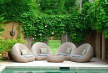 Gardens / Jardins e exteriores relaxantes