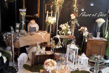 Salon du mariage 2015 Valence / Jennifer vous présente le stand de Fleurs et Déco réalisé pour l'édition 2015 du salon du mariage à Valence. Retrouvez notre actualité sur www.fleursetdéco.fr