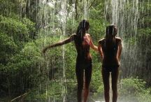 Natural showers / Showers and baths can be found in the most unlikely of places!