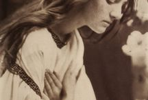 Delicatessen / by Patricia Damiano