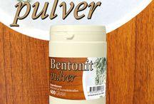 Bentonit pulver livsmedelsgodkänd / Bentonit absorberar vätska och en del olika proteiner och kan därför användas till att klarna vin och andra drycker, i kosmetika med mera.