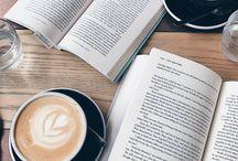 coffee/books/coffee place