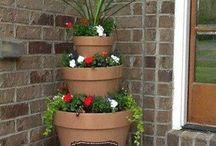 Pots + Plants= Perfect / Potted plants and container gardens