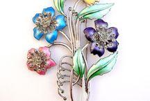 Historical Jewels / Historian jewels, gioielli stoici, photo, print, stampe, riviste, fashion jewels.
