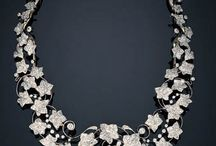 Jewels / by MamboyMara Gris Raya