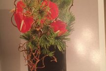 Ikebana / I have posted some styles my mom and I loved for this and potentially a head lei for me or even more bouquet.