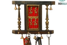 Dhokra Plated Key Ring Holder ( with 6 Bells and 4 key pegs)