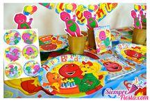 Fiesta de Barney el Dinosaurio / Ideas y artículos para una fiesta de cumpleaños de Barney el Dinosaurio.