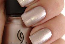 Nails / by Ashton Wheatstine