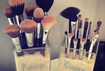 Make up organization ideas.