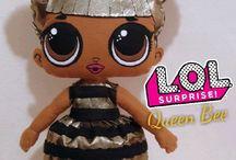 Lol surprise feltro / Boneca lol surprise feltro Queen Bee 47cm de altura Fica de pé sem suporte .... Instagram: @atelie_cambiocco  email: cambiocco@gmail.com  .... #queenbee #lolsurprise #bonecalolsurprise #festalolsurprise #festainfantil #lolsurprisefeltro