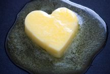 Meat, Cholesterol & Saturated Fat DO NOT cause Heart Disease / Here you will find websites, books and article debunking the myth that Red Meat, Cholesterol and Saturated Fat Cause Heart Disease.