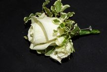 Bespoke Buttonholes / Individually designed and created buttonholes & buttonnieres