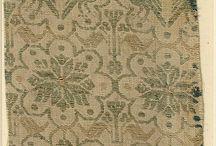 Zajímavé vzory látek medieval