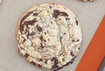 Chenoas cookies / by Cerissa Roddy
