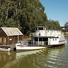 ECHUCA / MOAMA / Echuca /Moama is on the border of NSW and Victoria on the  Murray River in Australia the Home of  www.ozwoodenthings.com