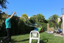 Zabawy ogrodowe / Albo tam, gdzie więcej miejsca i można trochę więcej nabrudzić :)