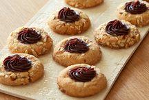 Cookies / by Louise Caparros DiCarlo