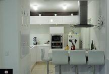 Decoração da minha cozinha e lavanderia - bandeja e vasos com buchinhos!
