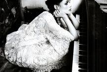 Piano girls
