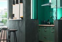 Cuisine / En panne d'inspiration pour relooker votre cuisine ? Retrouvez ici des idées déco vintage, scandinave, baroque... pour une déco cuisine à votre goût. Soignez l'une des pièces les plus importantes de votre maison !