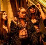 """Abronca mostra a força do rap feminino no clipe """"Chegando de Assalto"""""""