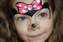 face painting minnie mouse