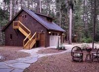 Lake Homes & Cabins