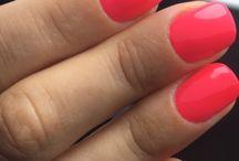 Mie nails