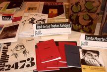 Mis libros en el mundo / Algunas fotos que he podido conocer en las que aparecen algunas de mis obras. Me gusta pensar que viajan por ahí y que me mandan postales de sus aventuras.