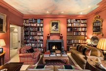 Homes for a bookworm! OnTheMarket.com goes through the keyhole of five beautiful libraries / Despite the dominance of the digital world, having a library at home still holds a certain allure, OnTheMarket.com reveals five perfect homes for book lovers