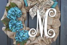 Wreaths & Door Decorations / by Barbara Regens