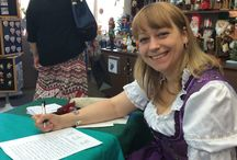 Steinbach Signing / Karolin Steinbach joins the Nussknacker Haus for a fun weekend of signing and activities.