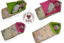 Baby Footmuffs in cute Pink and Green Color, let us know is color for your baby?