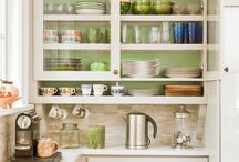 Kitchens / by Lucy Zhang