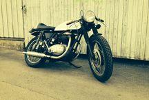 Vintage motorcycles / Garage Built Bikes