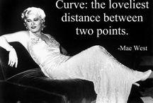 I heart curves / If you have 'em, flaunt 'em.