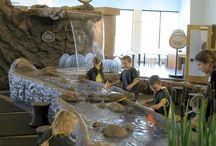 Aquarium play spaces