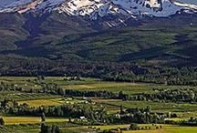 Hood River, Oregon / We live in the most beautiful place on EARTH.