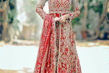 My love for traditional red lehnga / Here you will best red indian lehnga for your wedding
