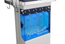 HydraFacial™ / La Bella Faccia is the only studio in Campbell, Ca to offer the the HydraFacial. The HydraFacial™ resurfacing procedure thoroughly cares for your skin, providing cleansing, exfoliation, extractions, and hydration, including Vortex-Fusion® of antioxidants, peptides, and hyaluronic acid. The HydraFacial™ is a non-invasive, non-surgical procedure that delivers instant results with no discomfort or downtime. The procedure is immediately effective.