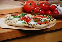 Pizza / by Julie Bernat