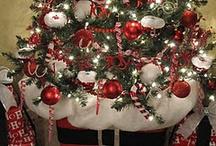 Christmas Ideas / Christmas Decor & Things to Make / by Angie Lizaso