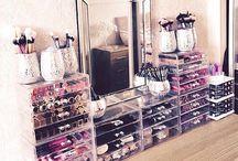 Decor I Adore: Make Up Room