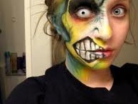 Crazy Makeup / by Holly Axelrod
