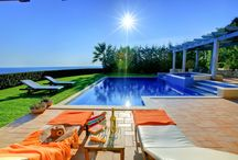 Villa Elina @ Sarlata Villas, Kefalonia / Villa Alexandra & Villa Elina are twin villas, private and exclusive that share nothing but the stunning sea view. Each villa has its own private entrance and parking area, private pool of 45m2 with Jacuzzi, sun terraces, lounger?s and parasols and stands in its own stunning grounds of 1000m2.