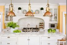 Kitchens / by Amy Bouzaglo