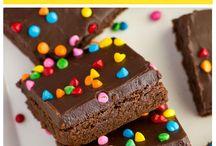 Bars & Brownies | Life Made Simple / Brownies, blondies, fudge, no-bake bars, cheesecake bars, and more!